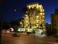 Capodanno Hotel Bracciotti Lido di Camaiore Foto